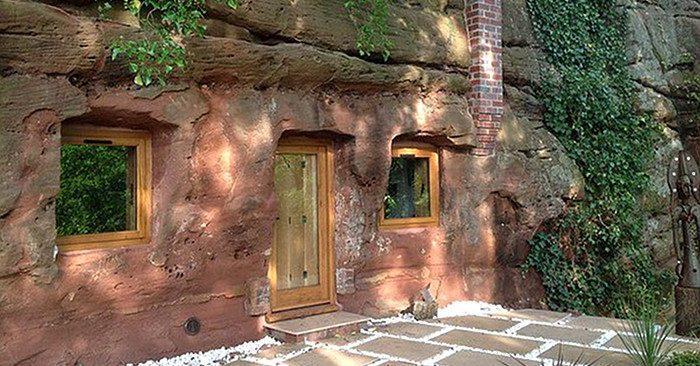 Przekształcił 800-letnią jaskinię w dom swoich marzeń. Poczekaj, aż zobaczysz co jest w środku!