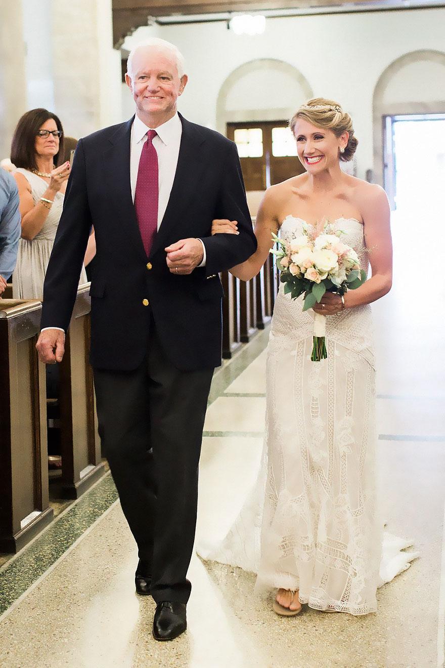 donated-dad-heart-wedding-walk-down-aisle-jeni-lynne-arthur-thomas-6b
