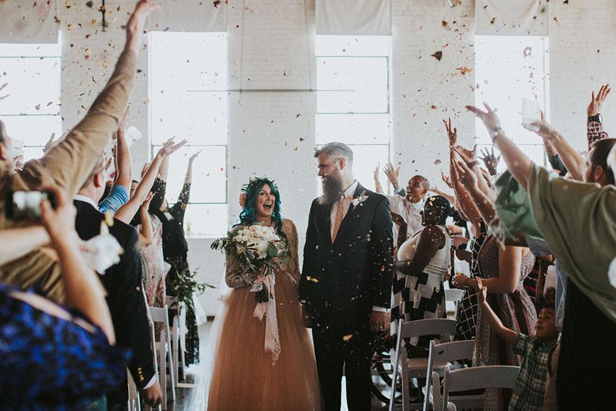 paralyzed-bride-walks-at-wedding-jaquie-goncher-7-57b2ddbe17813__880