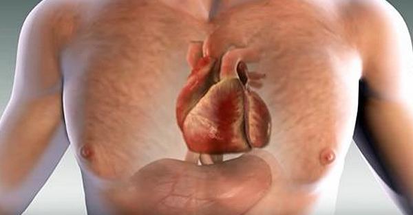 Na miesiąc przed atakiem serca, Twoje ciało będzie Cię ostrzegać – oto 6 znaków