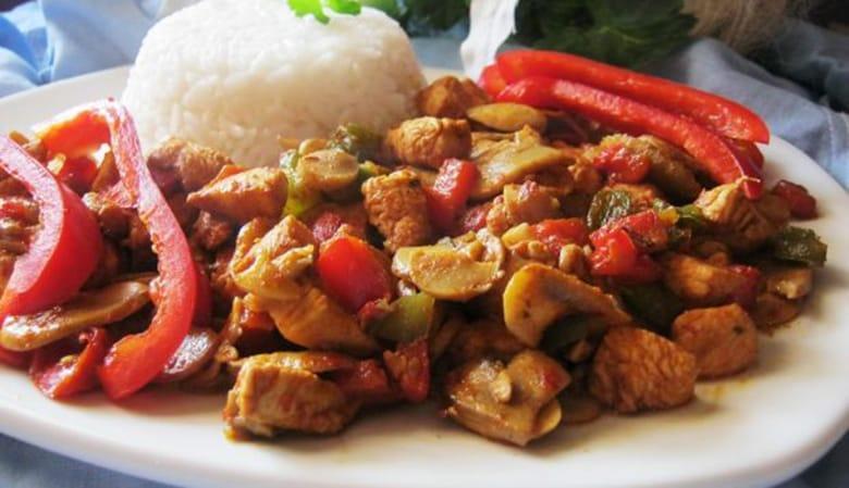 kurczak-w-sosie-sojowym-z-warzywami-342076