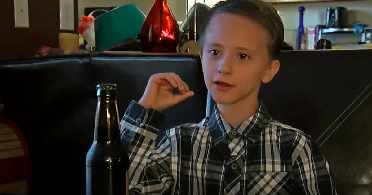 Ojciec zamówił piwo dla syna. Kelnerka zapytała o dowód i zaczęła się awantura.