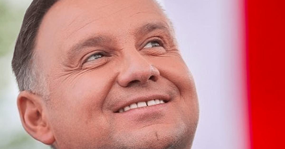 Co najmniej 2000 euro dla każdego Polaka. Tą obietnicą Andrzej Duda przebił wszystkich.