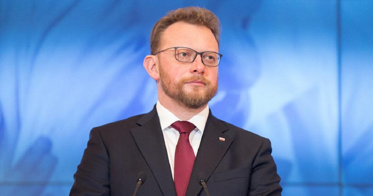 To już oficjalne. Minister Szumowski zdradził kiedy wróci jeden z uciążliwych nakazów.