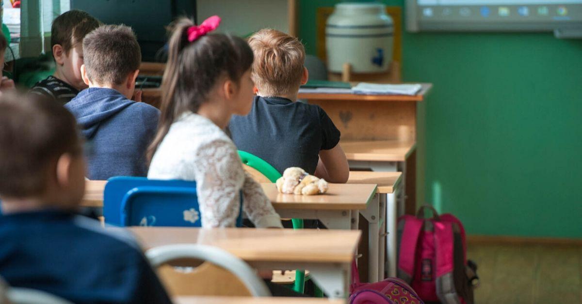 Edukacja podczas epidemii. MEN planuje wprowadzić nowe obostrzenia w szkołach