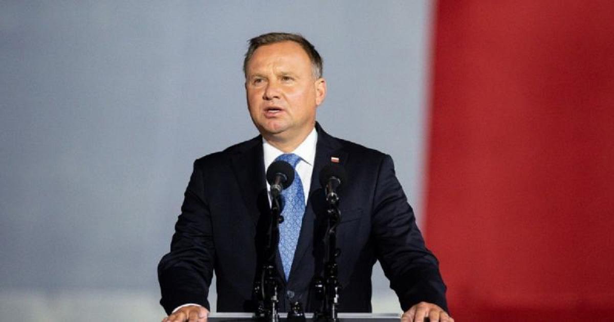 Andrzej Duda zarażony koronawirusem? Niepokojące doniesienia na temat prezydenta.