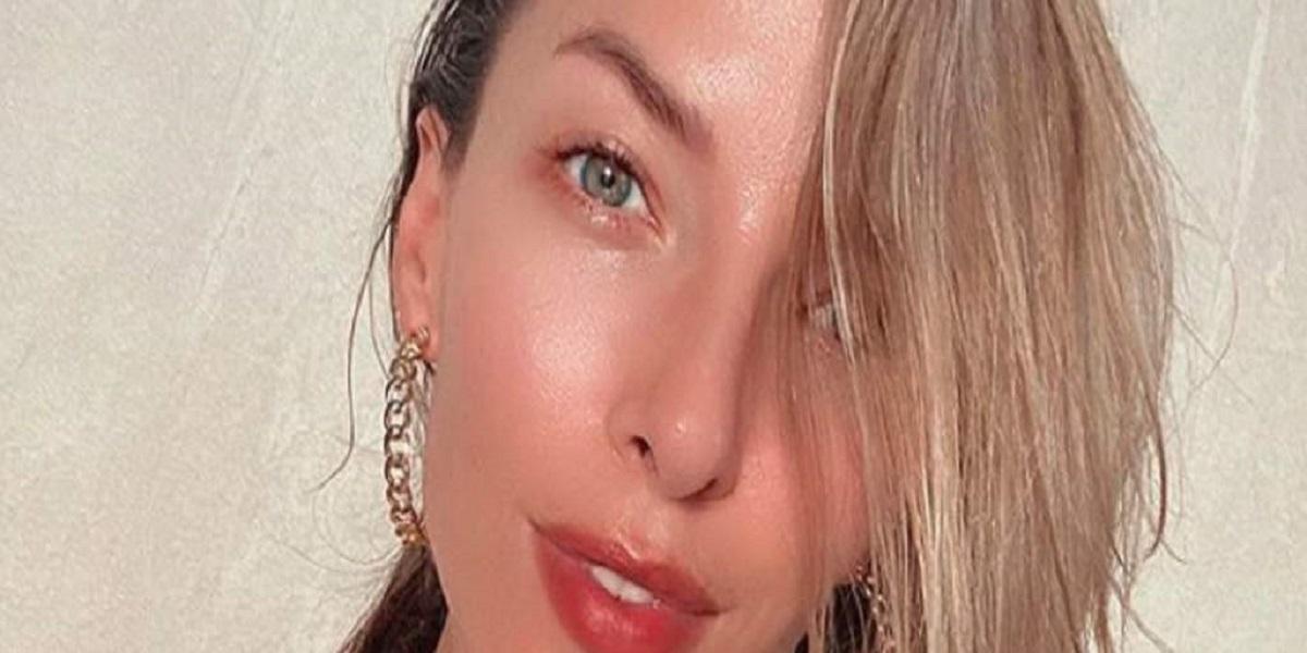Ewa Chodakowska pokazuje się bez ubrań i jednocześnie nabija się z Anny Lewandowskiej