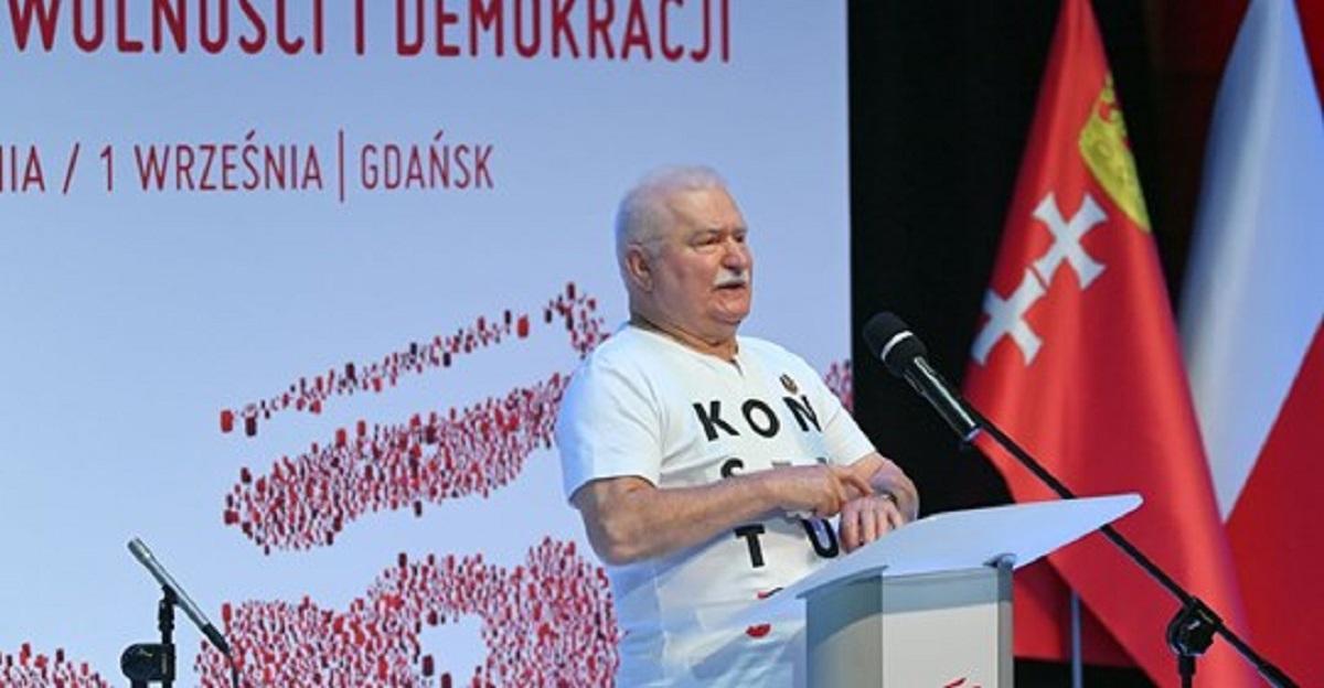 Lech Wałęsa przemówił w Stoczni Gdańskiej. Wykorzystał to żeby wbić rządzącym szpilę