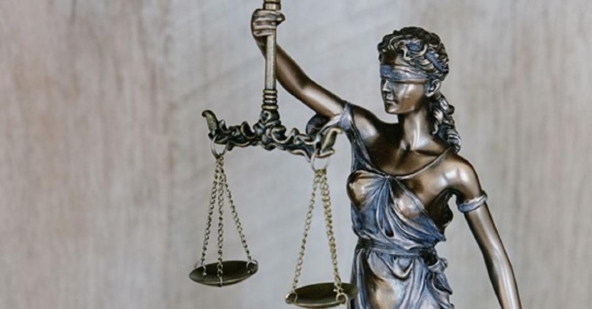 Sąd Najwyższy ma bardzo ciężką sprawę do rozwiązania. Musi zająć się memem