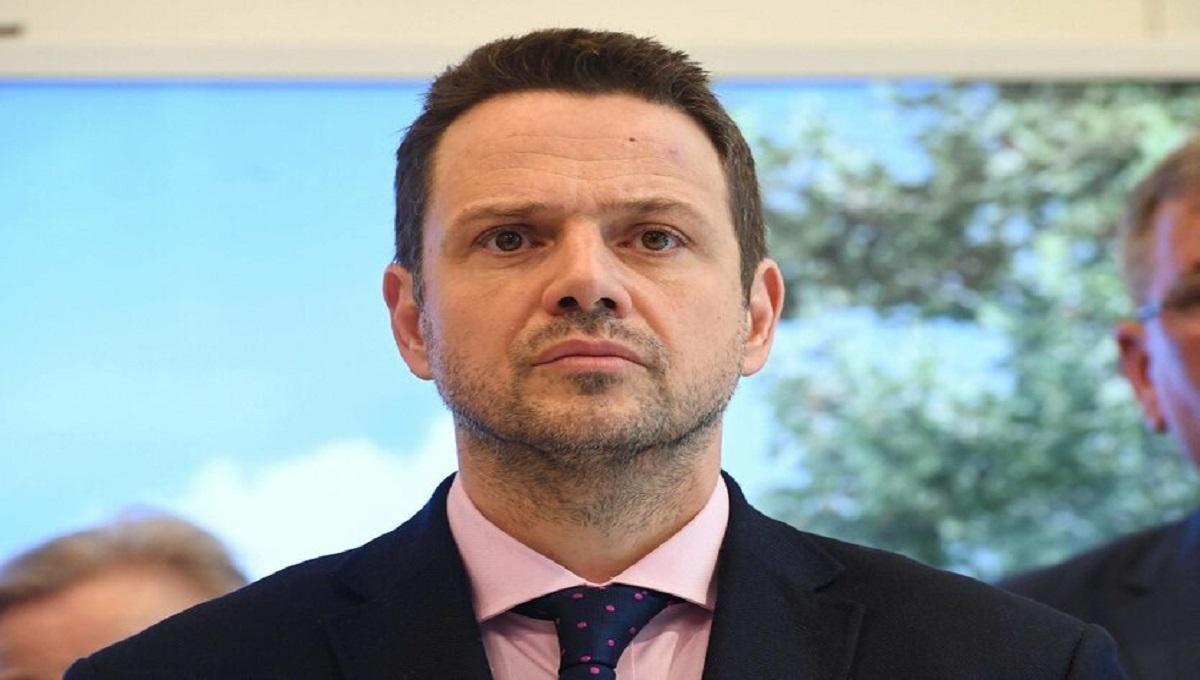 Trzaskowski nie zgadza się na Marsz Niepodległości z powodu pandemii. Mimo to jednak, popiera protesty