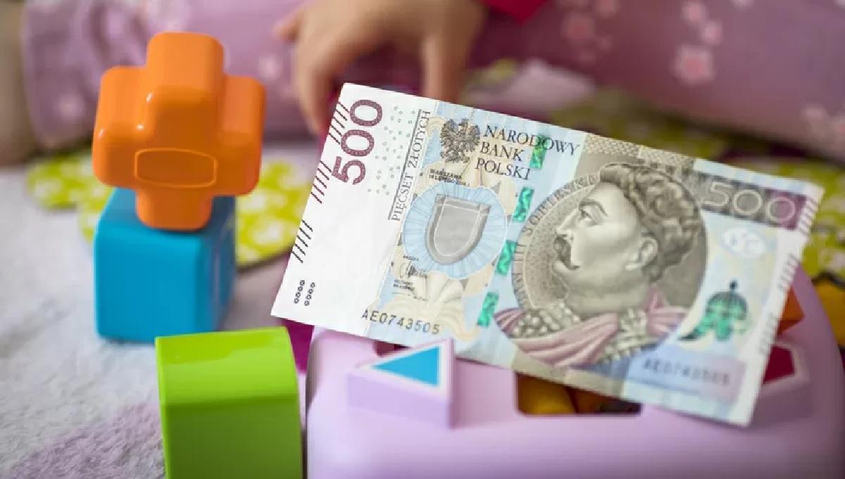 Kaźmierczak: 500 plus na pierwsze dziecko do likwidacji. Rząd musi szukać oszczędności