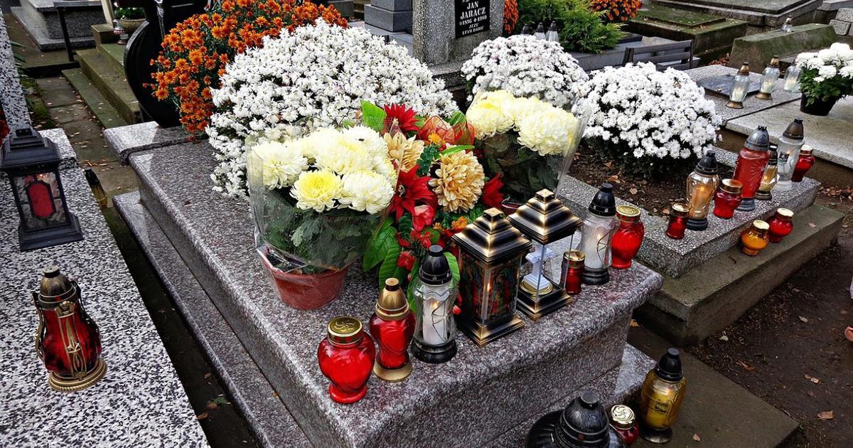 Za wejście na cmentarz grożą ogromne kary. Wiele osób o tym nie wie. Posypią się mandaty.