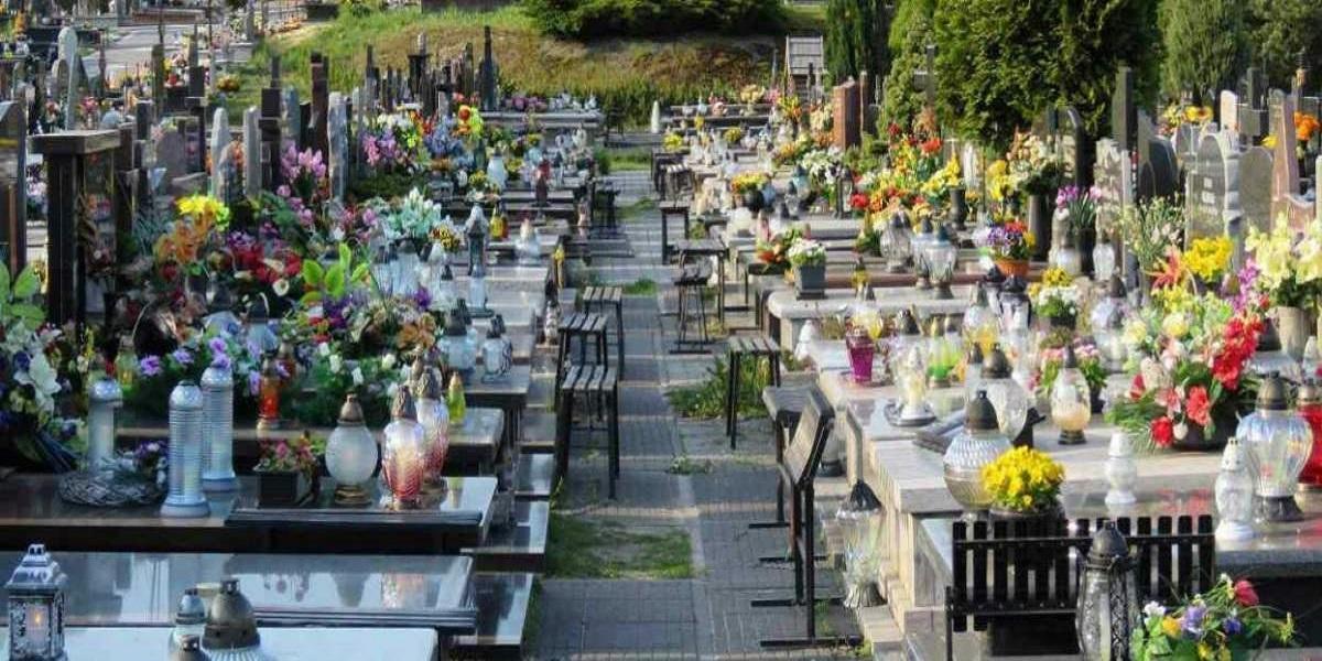 Natalia nie chce żeby jej babcia jechała na cmentarz 1 listopada. Odpowiedź wbija w fotel i zaskakuje