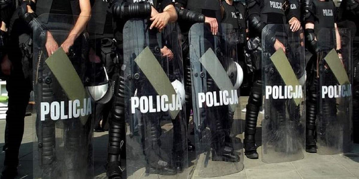 Szykuje się godzina policyjna w Polsce? Wypowiedzi generałów budzą ogromne niepokoje
