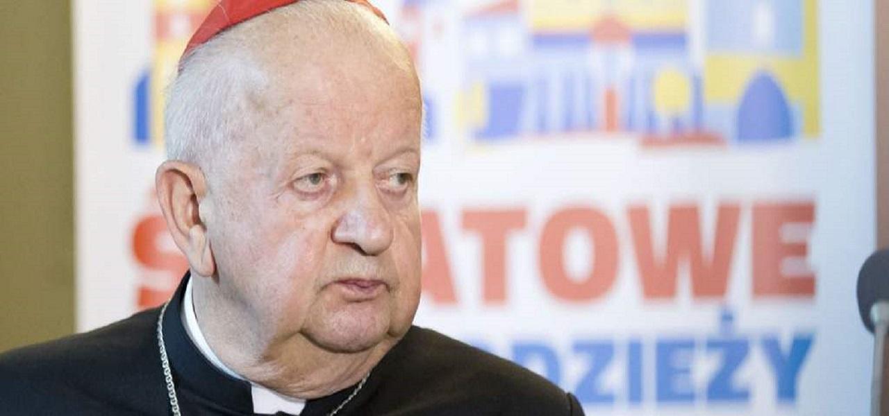 TVN ujawnił skandaliczne fakty. Kardynał Dziwisz wydał właśnie nadzwyczajne oświadczenie