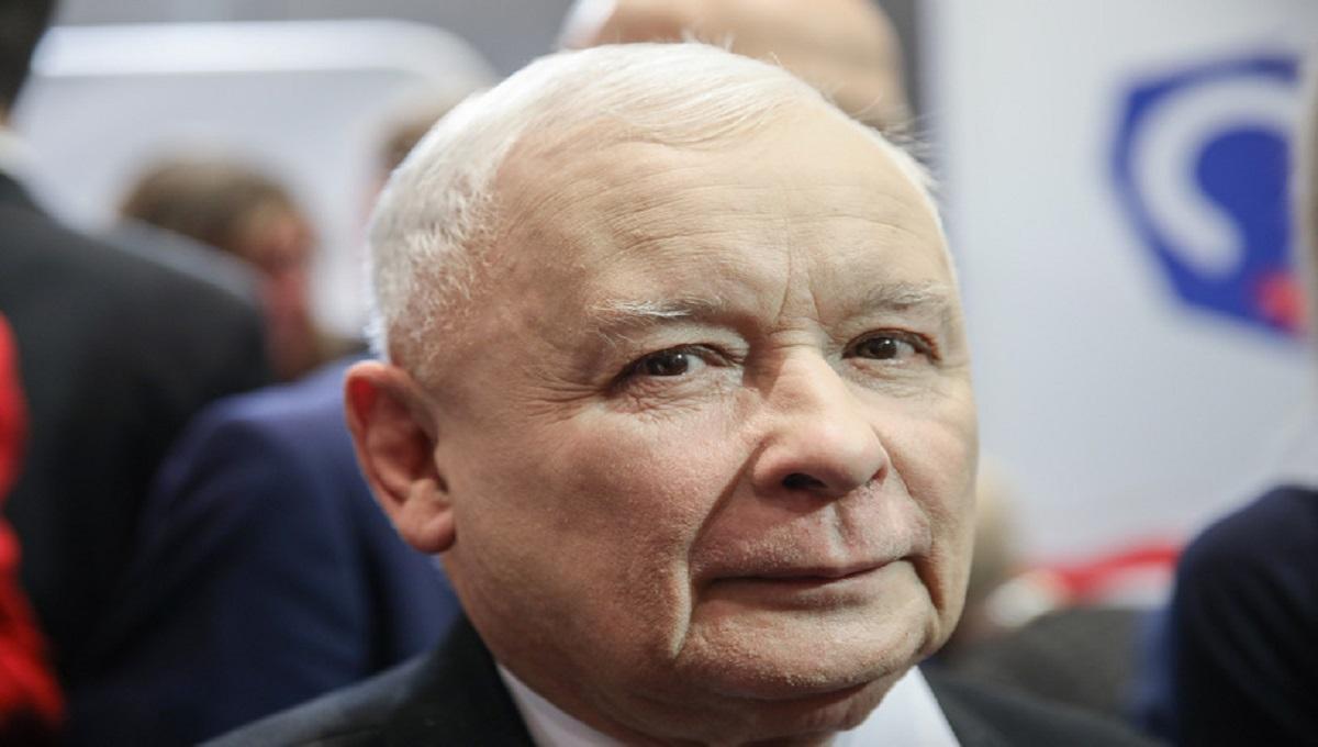 Kaczyński po raz kolejny pokazał, że obostrzenia go nie dotyczą