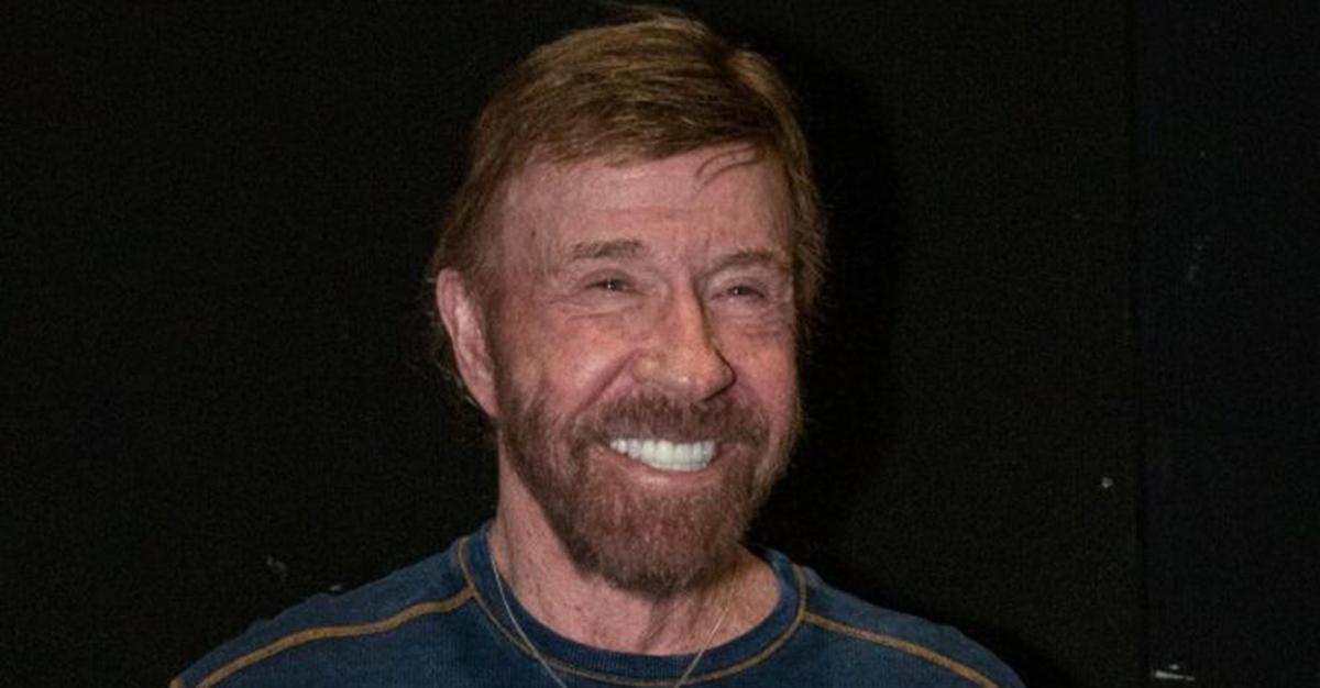 Ten film bije rekordy popularności. Chuck Norris zwrócił się do Jurka Owsiaka.