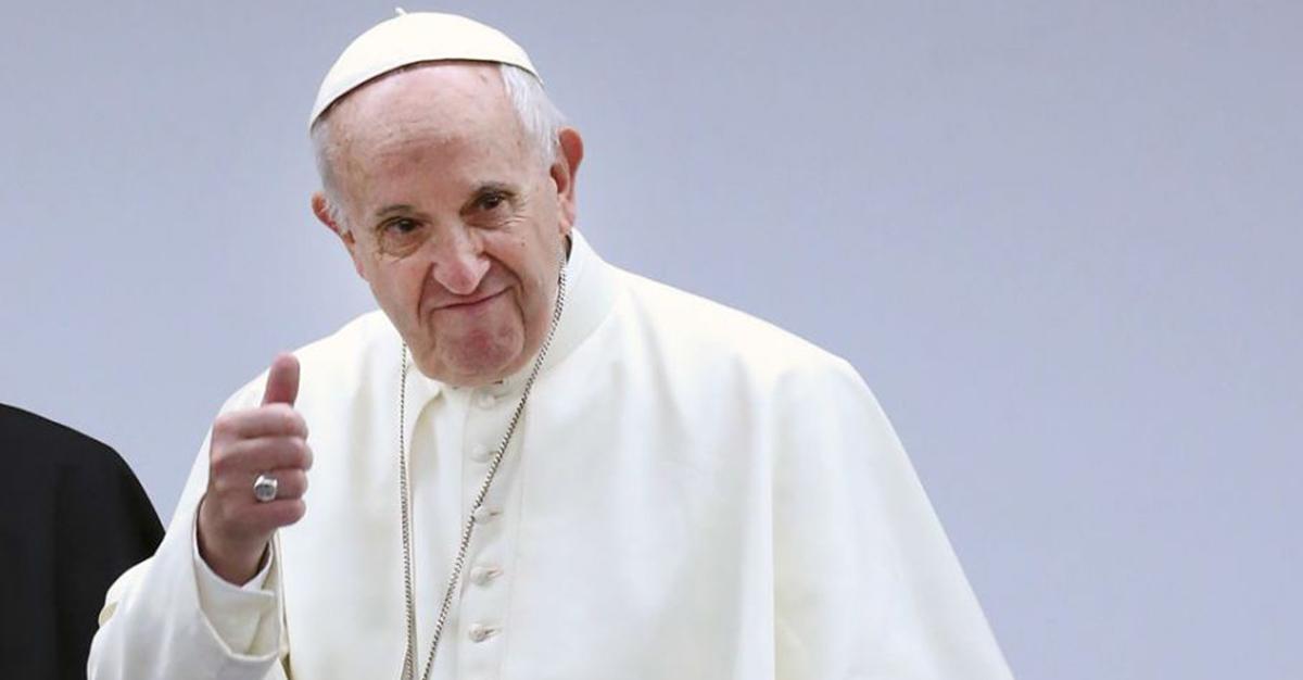 Papież Franciszek zaszczepi się na koronawirusa. Powiedział, kiedy to zrobi.