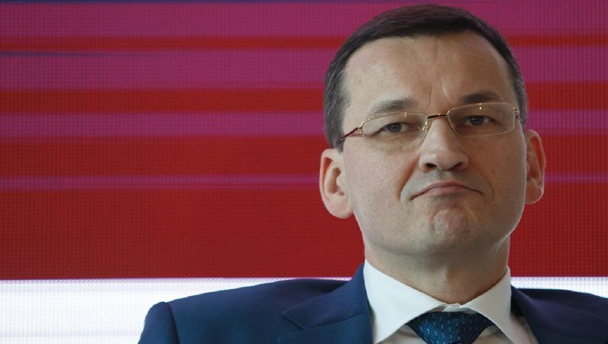 Mateusz Morawiecki apeluje o oszczędność, a Ministerstwo Zdrowia wypłaca nagrody urzędnikom. Ponad 2 miliony złotych.