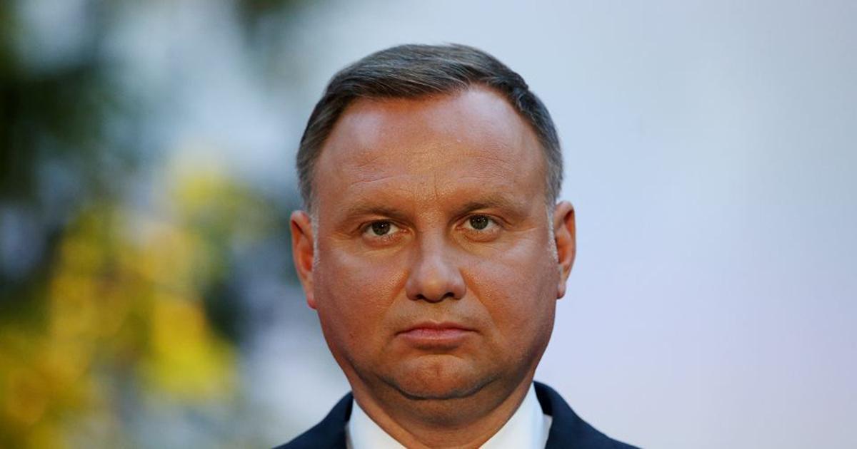 Nauczyciel ostro krytykuje Andrzeja Dudę. Internauci są zachwyceni.