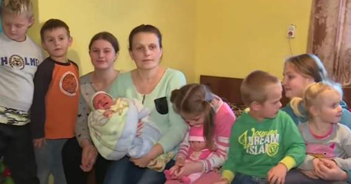 Mają 10 dzieci i żyją za 750 zł miesięcznie. Tragiczna sytuacja polskiej rodziny.