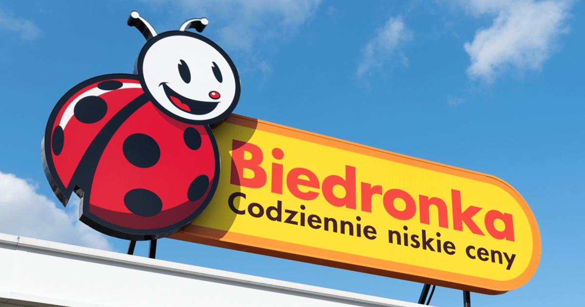 Fatalny błąd Biedronki. Sprzedawali alkohol za bezcen!