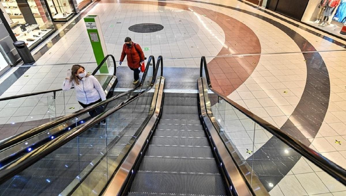 Rząd zdecydował się na wielką zmianę w sklepach. Czyżby dodatkowa niedziela handlowa?
