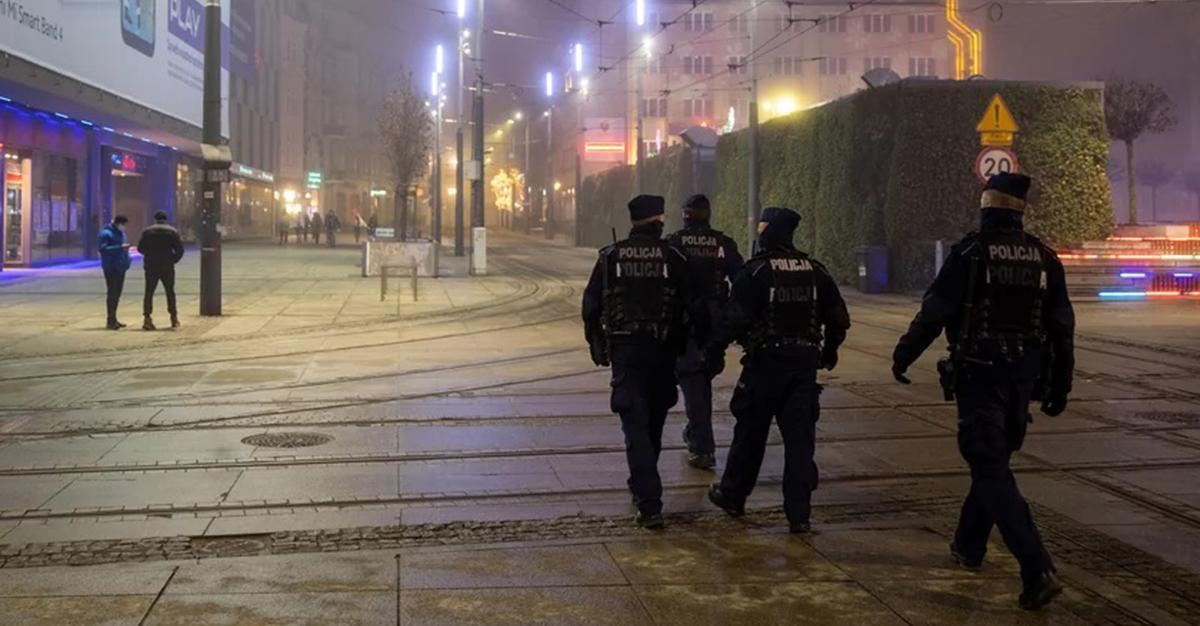 Godzina policyjna w trakcie świąt w Polsce? Niepokojące słowa ministra.