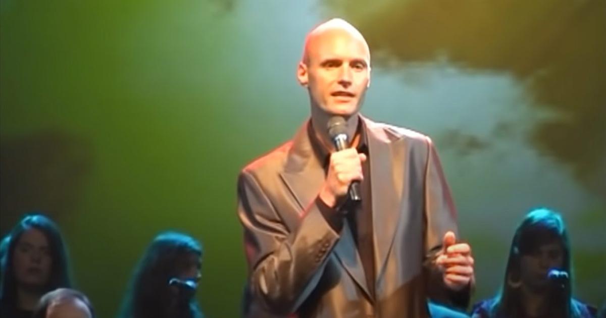 Tak śpiewa syn Krzysztofa Krawczyka. Do internetu trafiło nagranie.