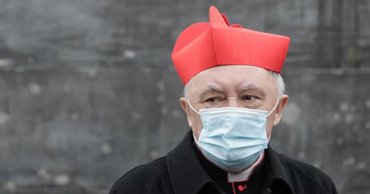 Kardynał Kazimierz Nycz trafił do szpitala. Zasłabł w trakcie mszy.