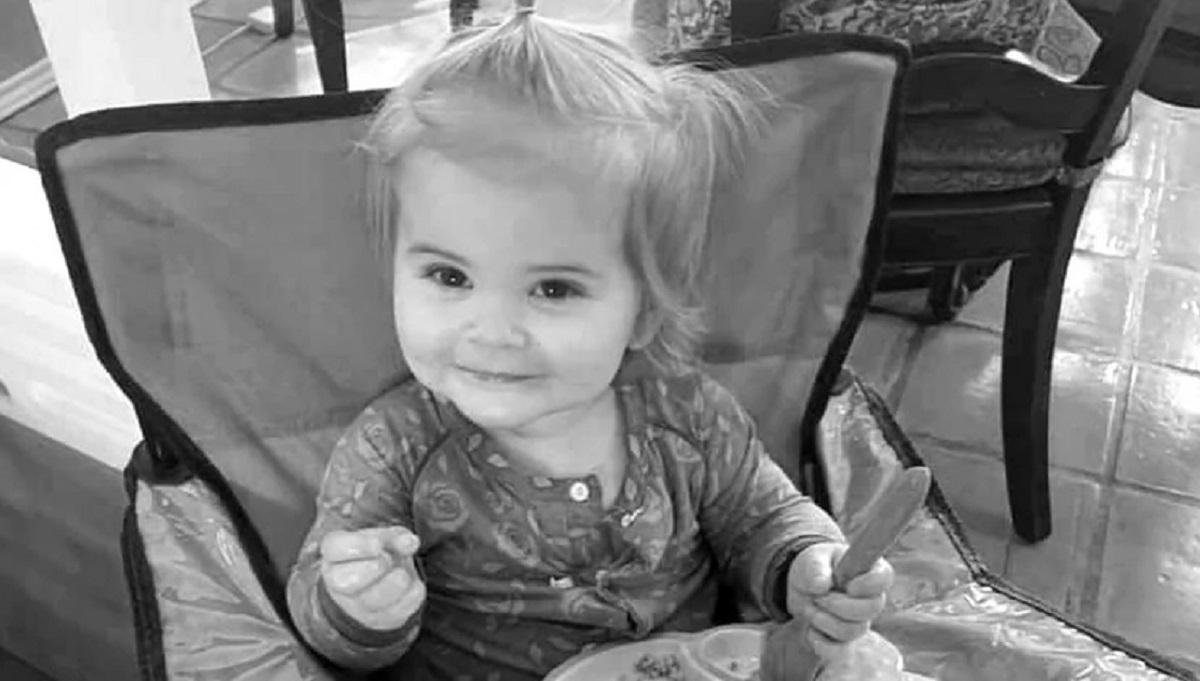 Dwulatka bawiła się pilotem od telewizora. Niewinna zabawa doprowadziła do jej śmierci.