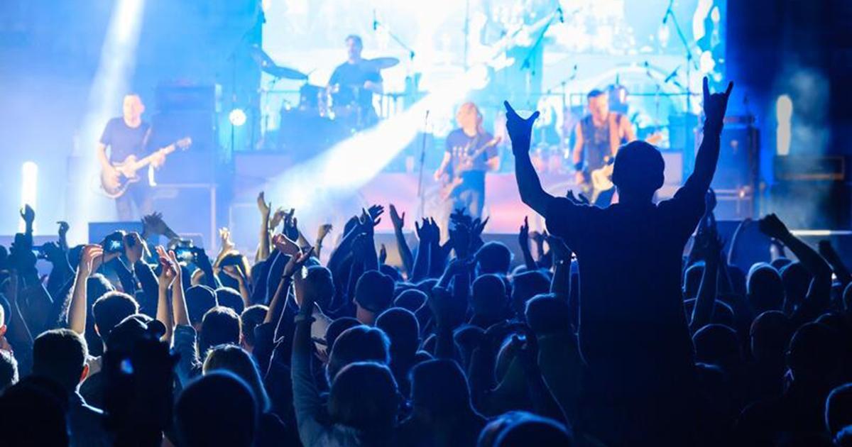 Podatek dla niezaszczepionych. Aby wejść na koncert, musieli zapłacić 55 razy więcej.