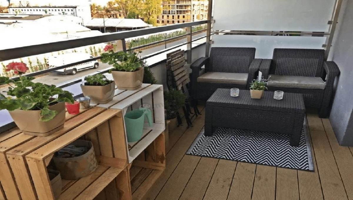 Możesz dostać mandat w wysokości 1500 PLN, jeżeli będziesz to robił na własnym balkonie. Nie chodzi tu o palenie.