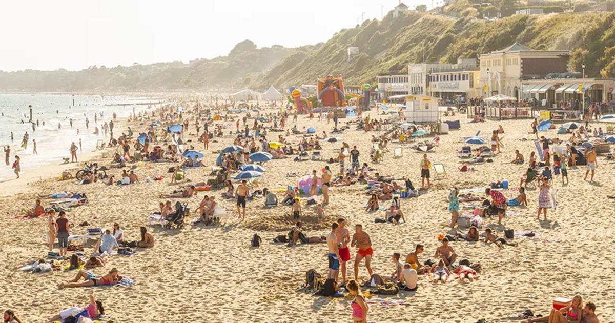 15-latka została zgwałcona na oczach tłumów na plaży. Przerażające słowa ofiary.