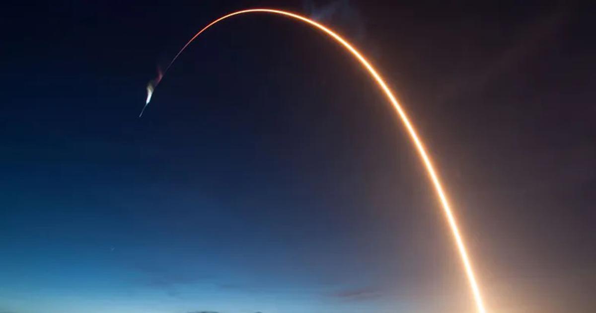 """Ogromna asteroida pędzi w kierunku Ziemi. NASA szykuje akcję niczym z filmu """"Armageddon""""."""