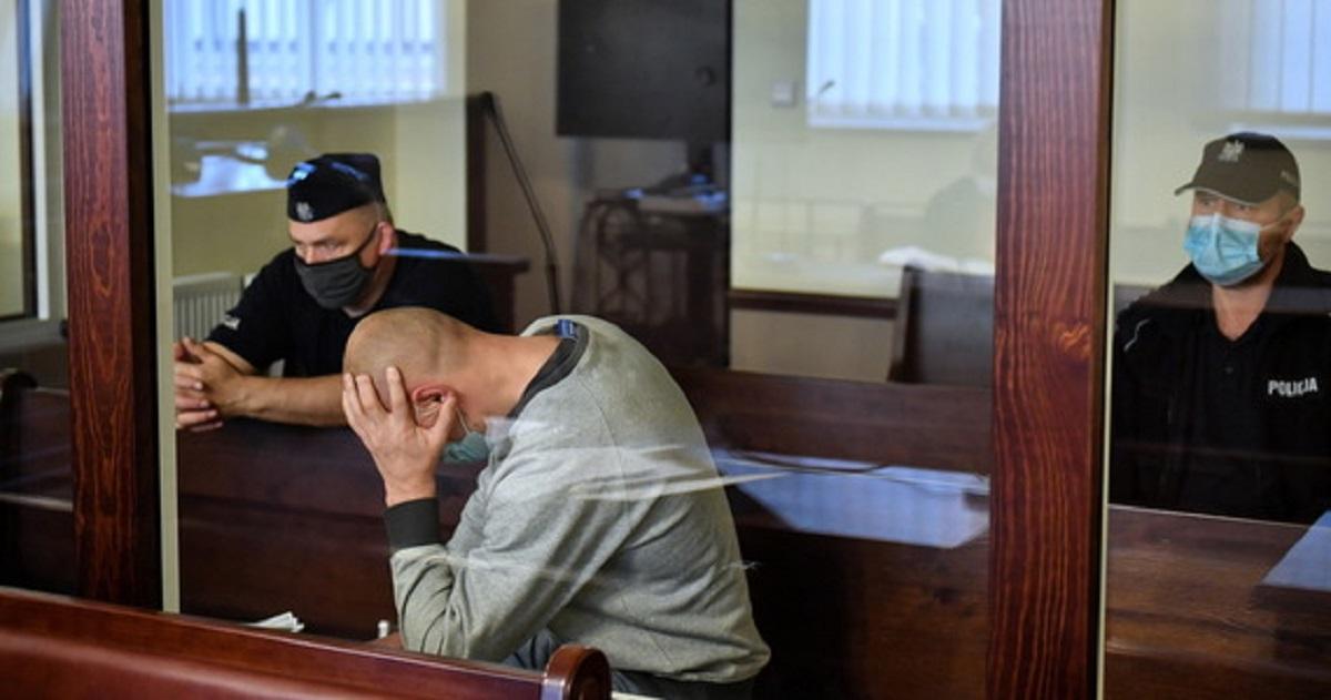 Na oczach dzieci zabił żonę siekierą. Rusza proces mordercy.